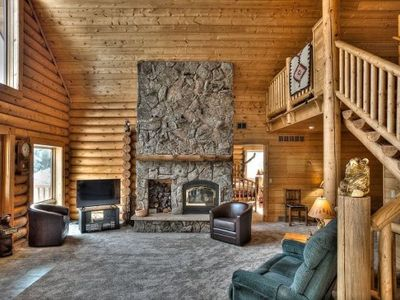 Photo for Sleeps 14, 4 bedrooms, 4 bathrooms. No pets allowed.  Beautiful Large Log Cabin!