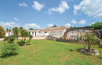 Search 624 holiday lettings
