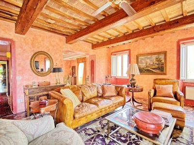 Photo for 8BR Villa Vacation Rental in Citta' di Castello