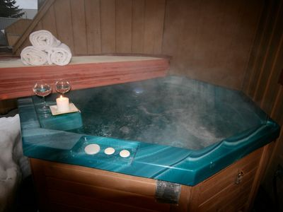 Your own private top deck hot tub - Picture yourself here!