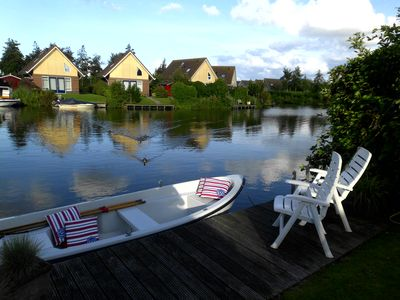 Photo for Modern furnished house for 6 people, right on the water - Wifi !!