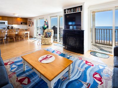 Photo for YEAR ROUND DIRECT OCEANFRONT, Private Beach 2bedrm/2bath A/C sleep 6 park/4 cars