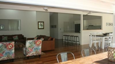 Photo for Atoll Close, 4 bedrooms, free WiFi, Private Pool, walk to beach, Foxtel
