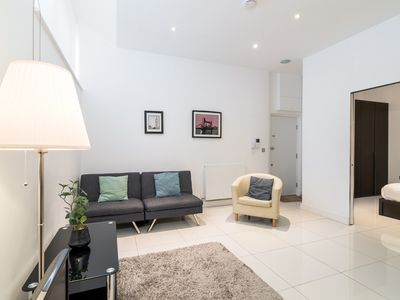 Photo for Modern 1BR Home in Kings Cross! 3 guests
