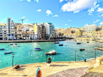 Photo for BAYSIDE – Walk into the Water – Spinola Bay