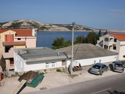 Photo for Apartment in Stara Novalja (Pag), capacity 4+0