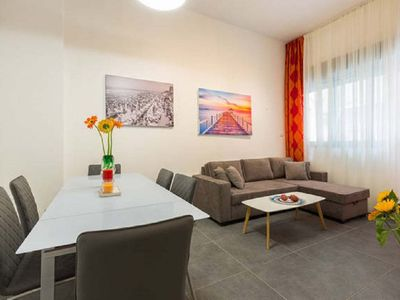 Photo for Charming 2 BR by the Beach - Two Bedroom Apartment, Sleeps 4