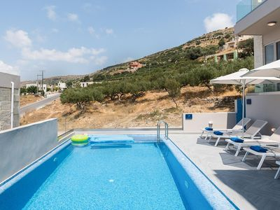 Photo for Villa Sarna is set on a hill, surrounded by olive groves, with breathtaking turquoise blue sea views