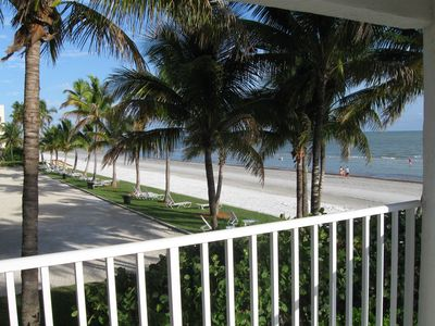 Photo for Romantic Condo 100% BEACHFRONT - KING Bed-1B/1b- VIEW - WIFI - BEST UNIT