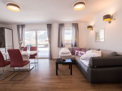 Photo for Panorama App 2A at the lake, sleeps 4, free WIFI