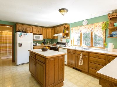 Photo for Family Friendly 3 bdrm on West Chop, Vineyard Haven