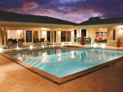 Photo for Villa with Jacuzzi, TVs in all bedrooms