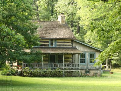 Photo for Secluded Log Cabin / House