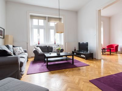 Photo for Cozy apt w/ 3 separate bedrooms in Budapest center