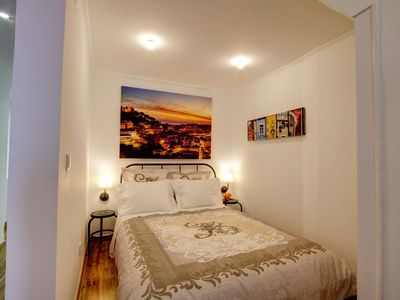 Photo for Cozy one bed in the heart of Alfama w/ Aircon