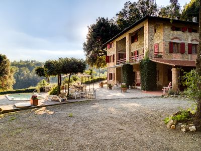 Photo for Romantic country villa, inclusive charges, halfway between Florence Pisa  Siena