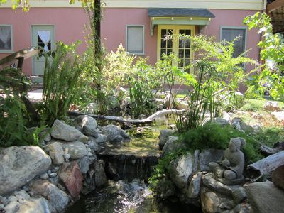 Photo for Spectacular 1-bedroom garden unit in hills of Glendale.