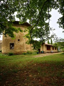 Photo for Atypical charming cottage for 4 pers. a dovecote and a barn drômois