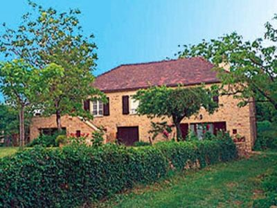 Photo for Gite Saint-Michel-Loubéjou, 4 bedrooms, 7 persons