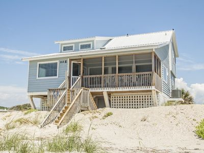 Photo for Abbey Road: 4 Bed/2.5 Bath Oceanfront Home