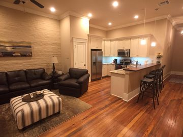 Be a local: Luxury French Quarter Condo