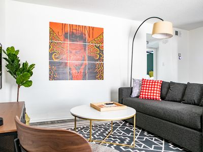 Photo for WanderJaunt | Tate | 2BR | Zilker