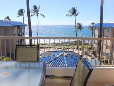 Photo for Kona Reef F13 - Nicely Renovated - Ocean View - Free WiFi, 3 minute walk to town