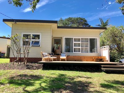 Photo for Coco at Culburra is a relaxed modern beach shack.