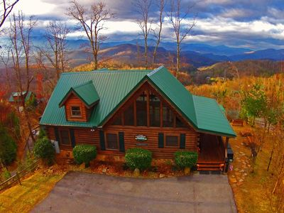 Gatlinburg Getaway Vacation Log Home - Aerial View