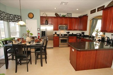 Kitchen/Informal Dinning Room