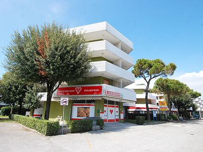 Photo for One bedroom Apartment, sleeps 5 in Bibione