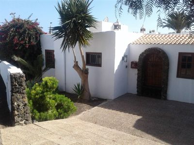 Photo for Exclusive villa with pool in Puerto del Carmen