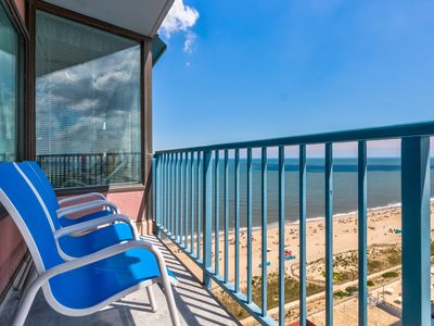 Photo for Oceanfront condo w/access to shared pool, sauna, gym, etc w/fee.