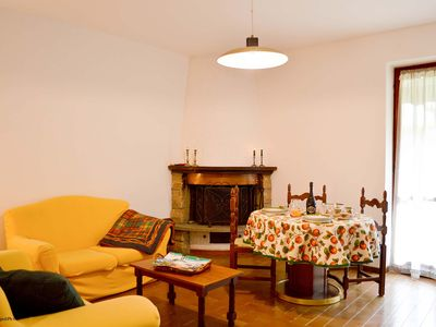 Photo for Lake Como, nice and confortable apartment with small private garden