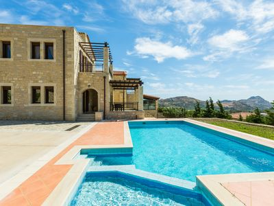 Photo for Villa Thalia! Private pool, amazing sea views, walking distance to shops!