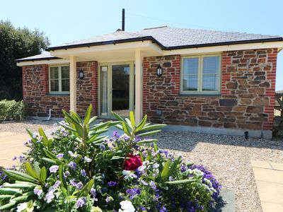 Photo for ELM COTTAGE, pet friendly, with a garden in Tregony, Ref 984763