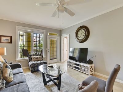 Photo for First floor at The Dawn 916-Hook, Wine & Sinker, 2/2 sleeps 6!