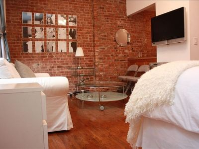 Photo for Ideal Midtown Studio Apartment in Townhouse. Great Location