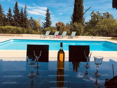 Photo for Beautiful Provencal villa for 8 people with swimming pool