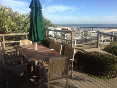 Teak table & chairs perfect for outdoor dining