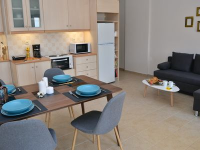 Photo for Modern apartment, 15 minutes walk from Chersonisos center
