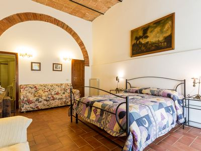 Photo for Lovely apartment in Montepulciano countryside, wine tours, bike tours, relax