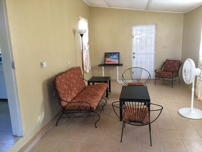 Photo for Topaz 2 - Beautiful Spacious 2-Bedroom Holiday Apartment