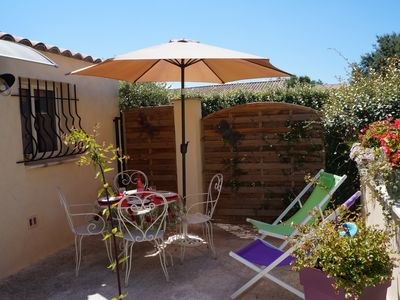 Photo for cottage at the foot of Ventoux with pool from 280 to 480 euros