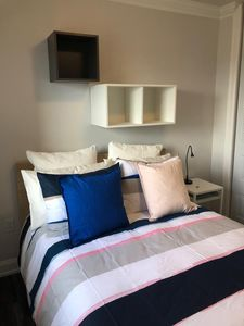 Photo for 1715 5A · Stunning 2bed Apt-Parking Avail-20 min to NYC