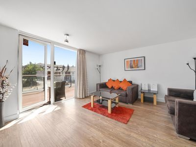 Photo for Kennet House Serviced Apartments, Reading by Ferndale - Apt A