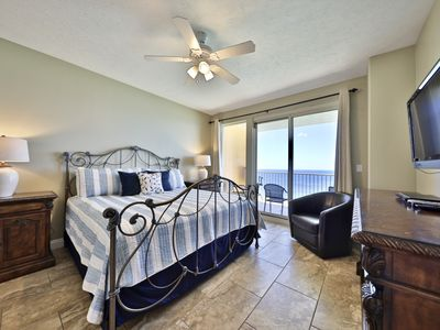 Photo for Treasure Island 2 BR+Bunks ***king size beds in both bedrooms***