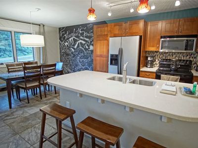 Photo for **New Listing Specials** Air Conditioning, Private Washer/Dryer, Quick Walk to Ski Area Base
