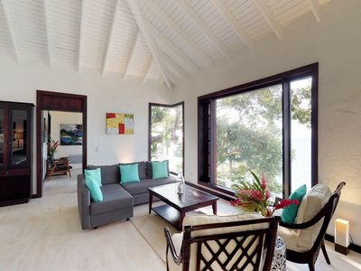 Photo for NEW LISTING! Cozy oceanfront villa with panoramic ocean views & beach access!