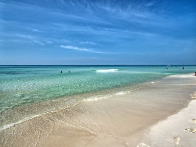 Photo for Amazing Gulf Front, Largest Lagoon Pool, Sleeps 8 - Aug Specials 3 and 5 nights